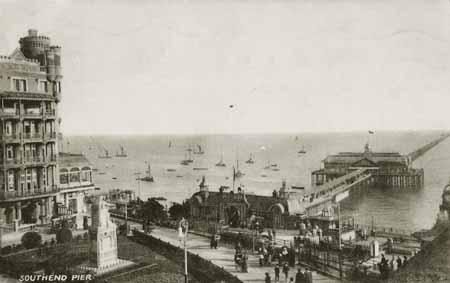 Southend-Pier_PC-04