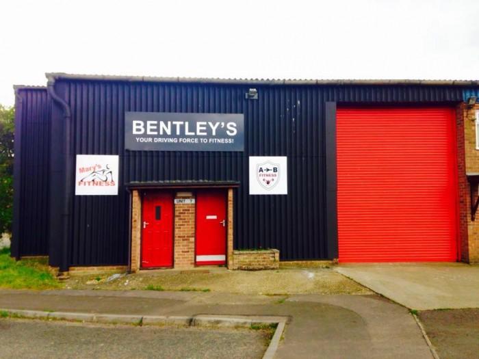 Bentley's Gym Row for Julia'sHouse