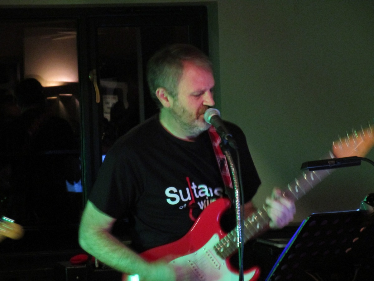 Review: Sultans of Swingers @ The Bell By TheGreen