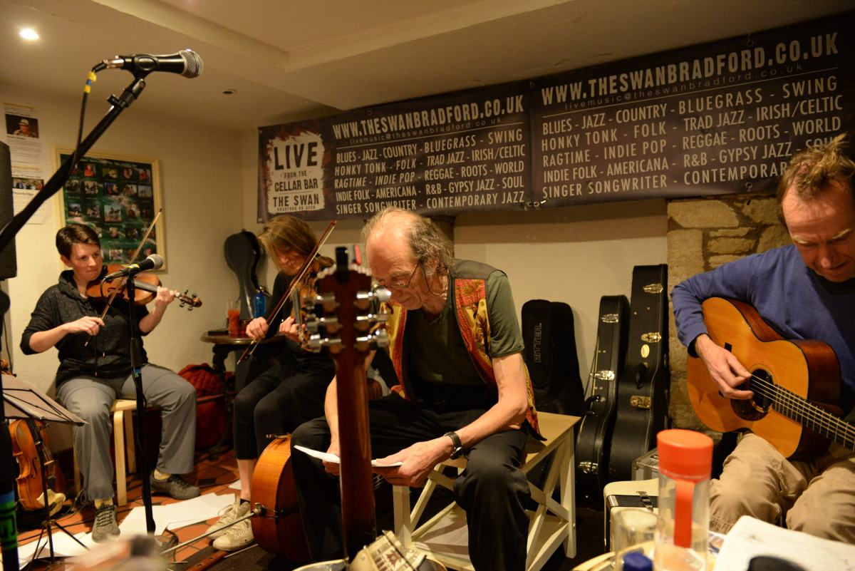 The Yirdbards @ The Cellar Bar, Swan Hotel, Bradford; Original Multi-media Entertainment – In A Folk Club?