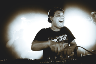 Can You Dig It? Craig Charles Plays the City Hall