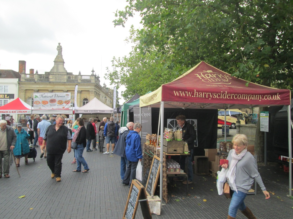 Devizes Food & Drink Festival opens with the Street Food & Artisan Market