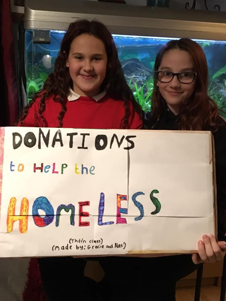 Bromham Girls Help the Homeless This Christmas