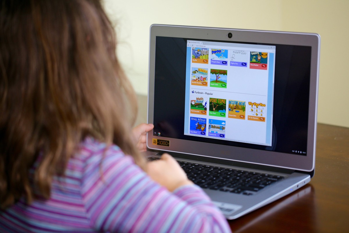 Wiltshire Council to spend £1.1m on digital devices so struggling families can access remote education