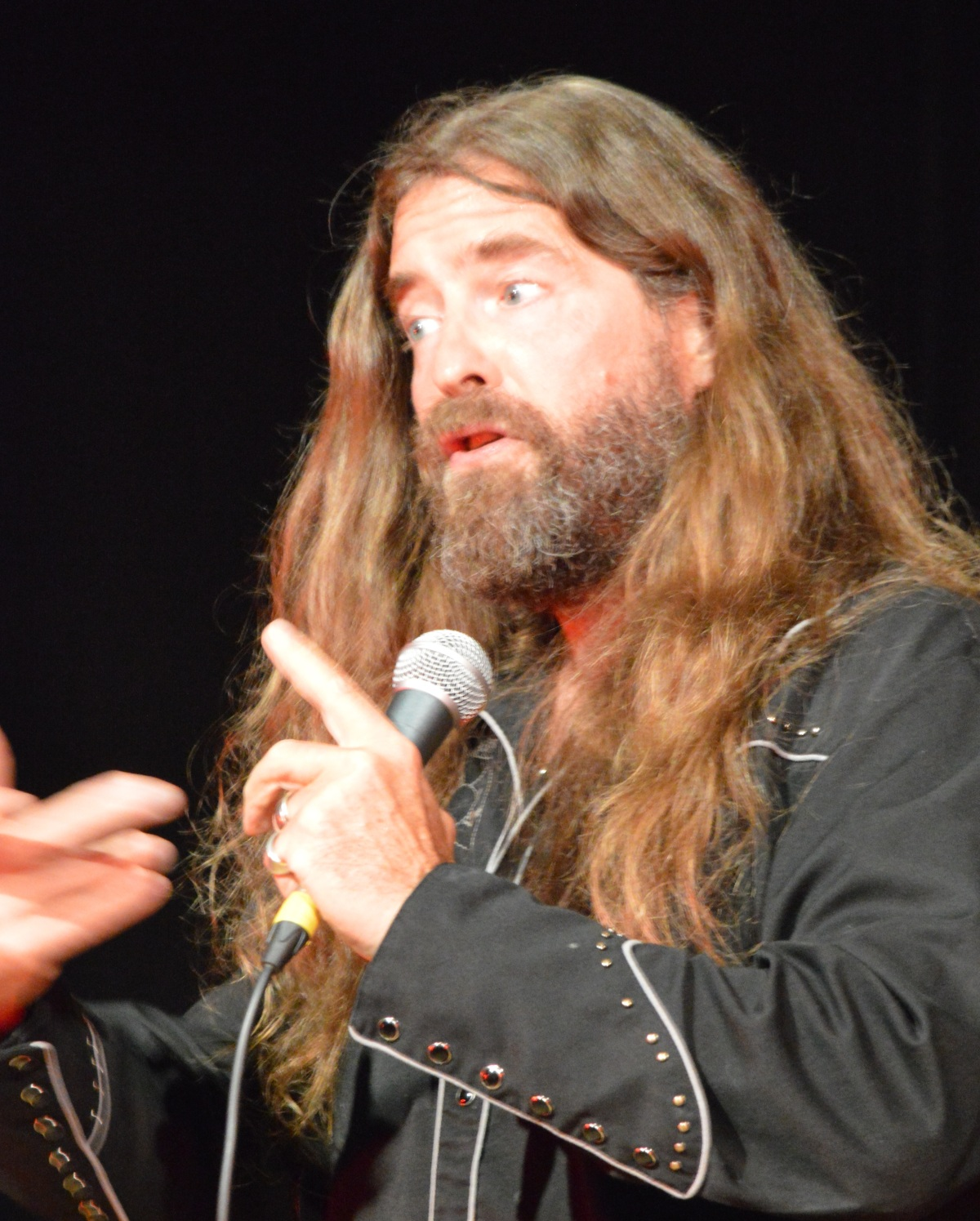 REVIEW: Strakers' Devizes Comedy – Corn Exchange – Friday 17th September2021